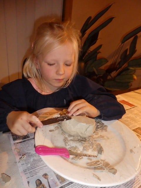 Cassandra-Stott-patiently carving